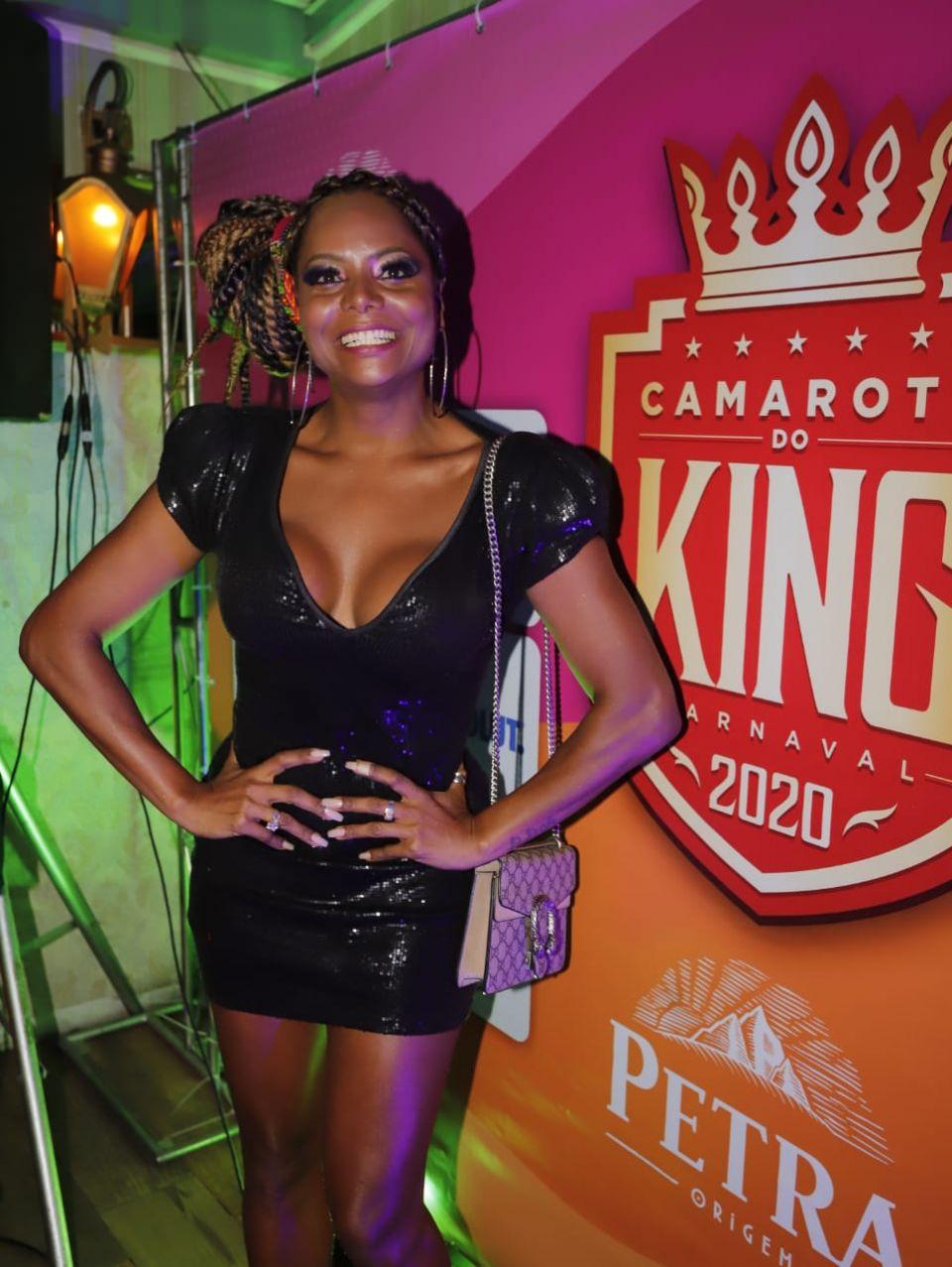 Adriana Bombom será a musa do Camarote do King neste Carnaval
